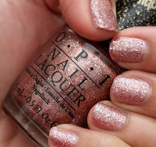 Sparkling Manicures For A Summer
