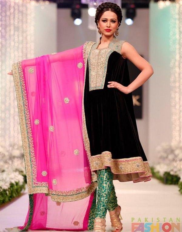 Beautiful Contrast Dresses Designs In Pakistan Contrast Dress Pakistani Outfits Pakistani Fashion