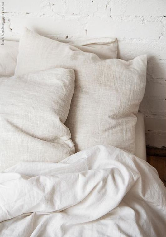 White sheets // AMARILO JEWELRY | Linen Sheets in 2019 ...