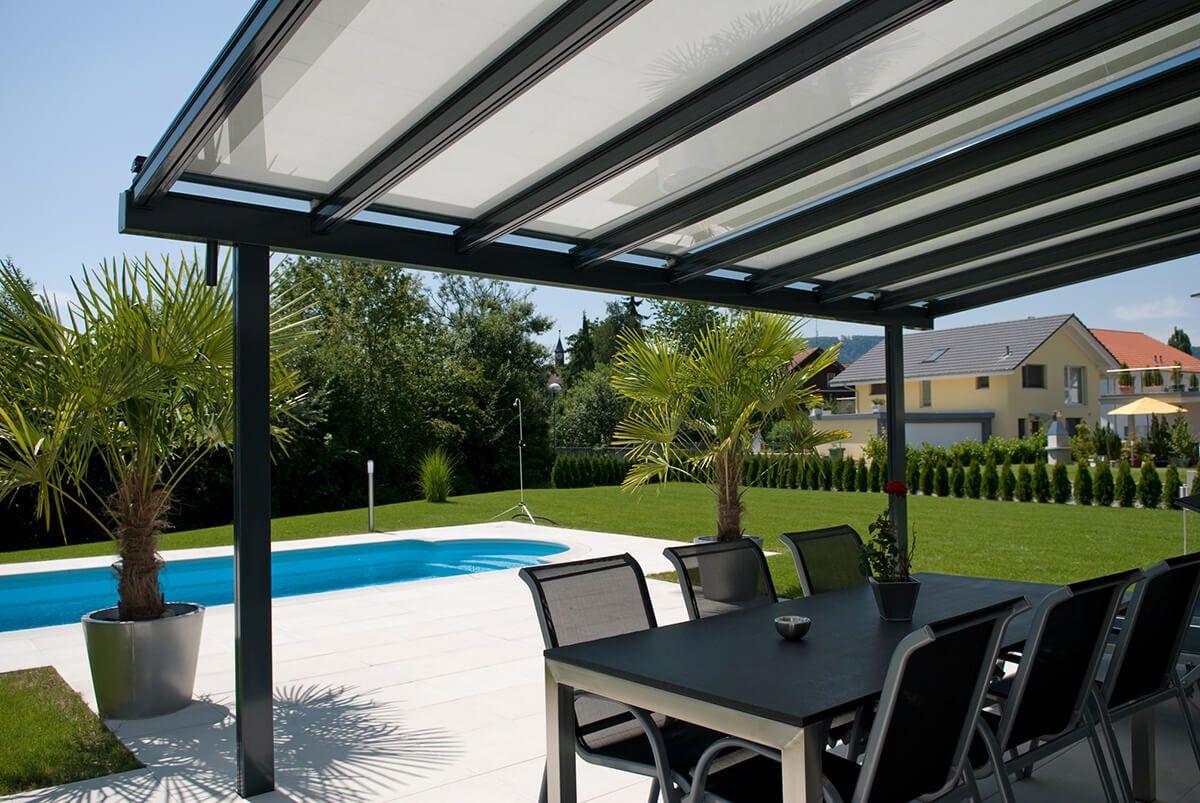 Toldos coberti toldo horizontal motorizado para p rgola de aluminio en porche de vivienda - Toldo para pergola ...