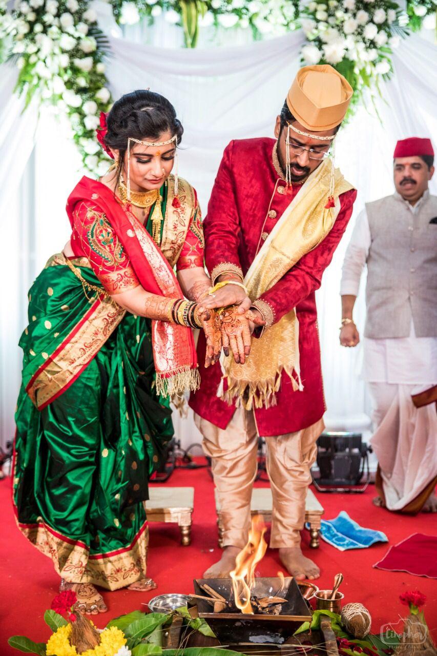Indian Marathi Bride And Groom Wedding Looks Couples Wedding Attire Couple Wedding Dress Marathi Bride [ 1280 x 853 Pixel ]