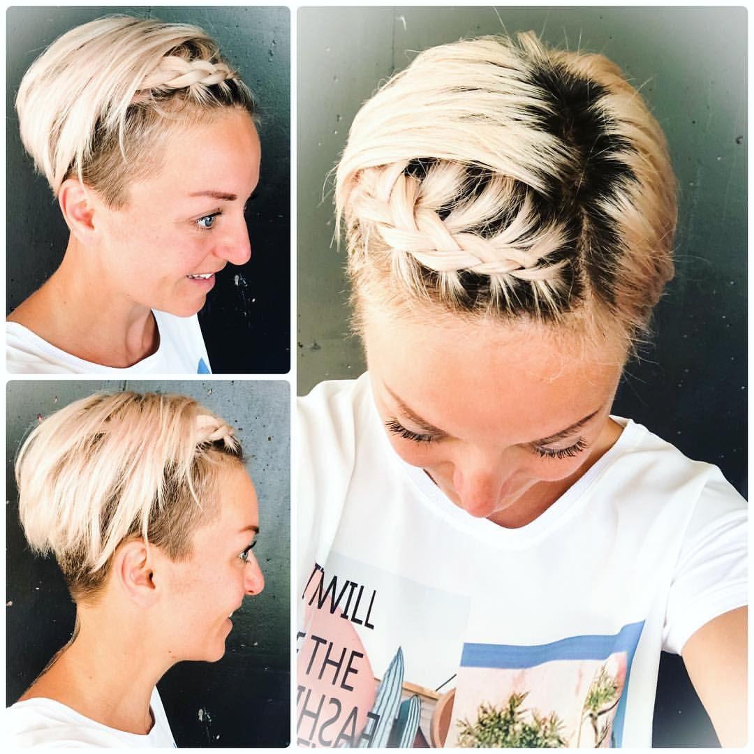Bad Hair Day Not On My Watch Zopfla Braidstyles Shorthair Messyhair Blondhair Darkroots Ninloveshair Picof Messy Hairstyles Hair Day Bad Hair Day