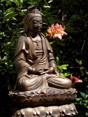 Quan Yin Outdoor/Indoor Statue