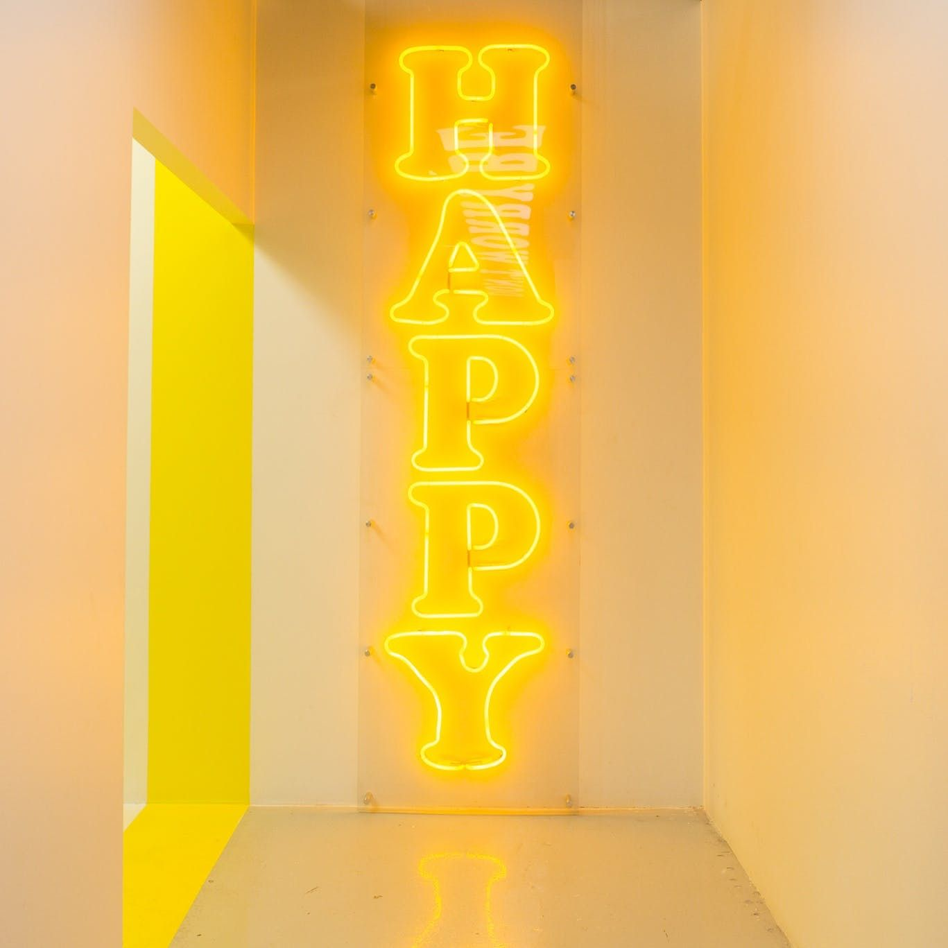 La S Newest Instagram Experience Will Help You Find Your Happy Place Yellow Aesthetic Shades Of Yellow Color Yellow Aesthetic Pastel