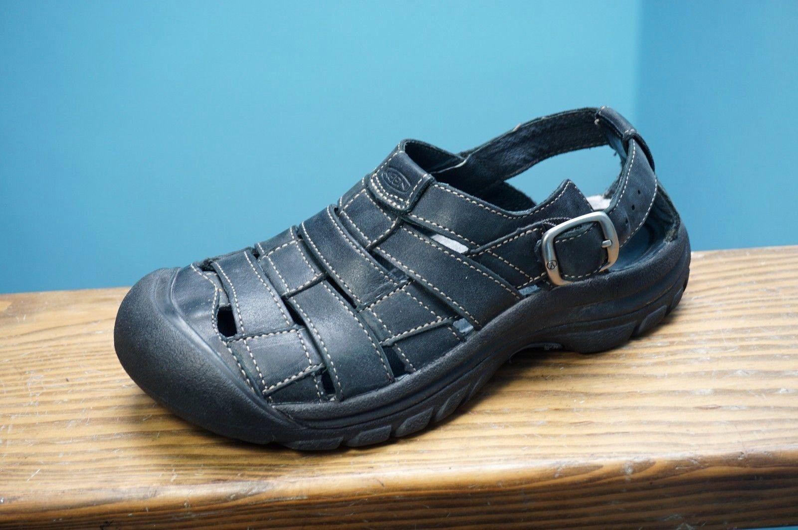 b82aadda3701 Women s KEEN Leather Fisherman Hiking Sport Sandals Shoes Grey Sz 7.5 Nice!