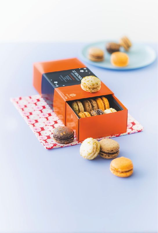 Macarons #nougat, orange-caramel, café-noisette, chocolat-fleur de sel. #Picard