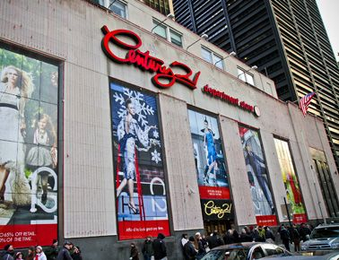 Century 21 22 Cortlandt Street New York Ny 10007 Bet Church Broadway When I Am In New York I Mu New York Shopping New York Travel New York City Travel