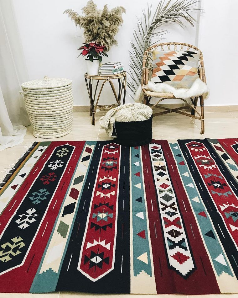 This Red Black And White Boho Rug In The Below Example Is A Basic Piece Of The One Of A Kind Combination That Gives The R Boho Carpets Boho Rug Rugs