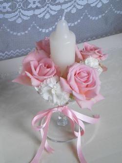 wine glass with flowers and candle arrangement hochzeit pinterest dekorieren weihnachten. Black Bedroom Furniture Sets. Home Design Ideas