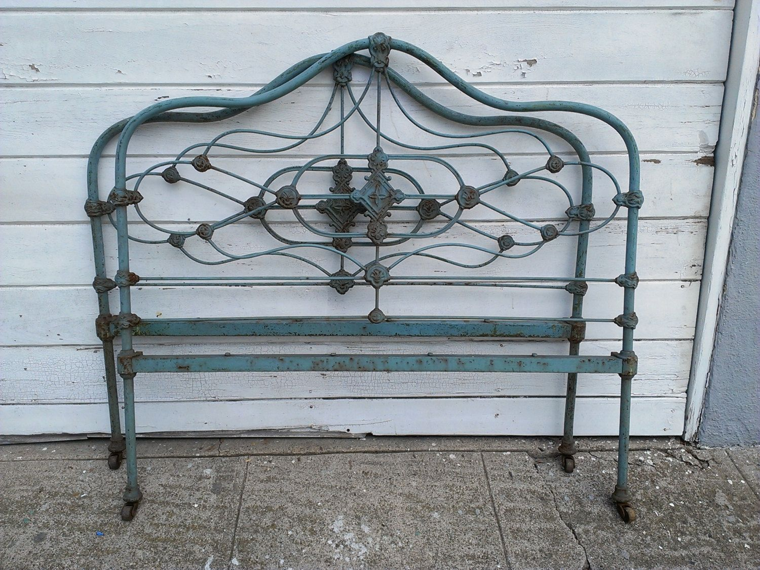 Antique Iron Bed Frame Value | Furniture | Pinterest