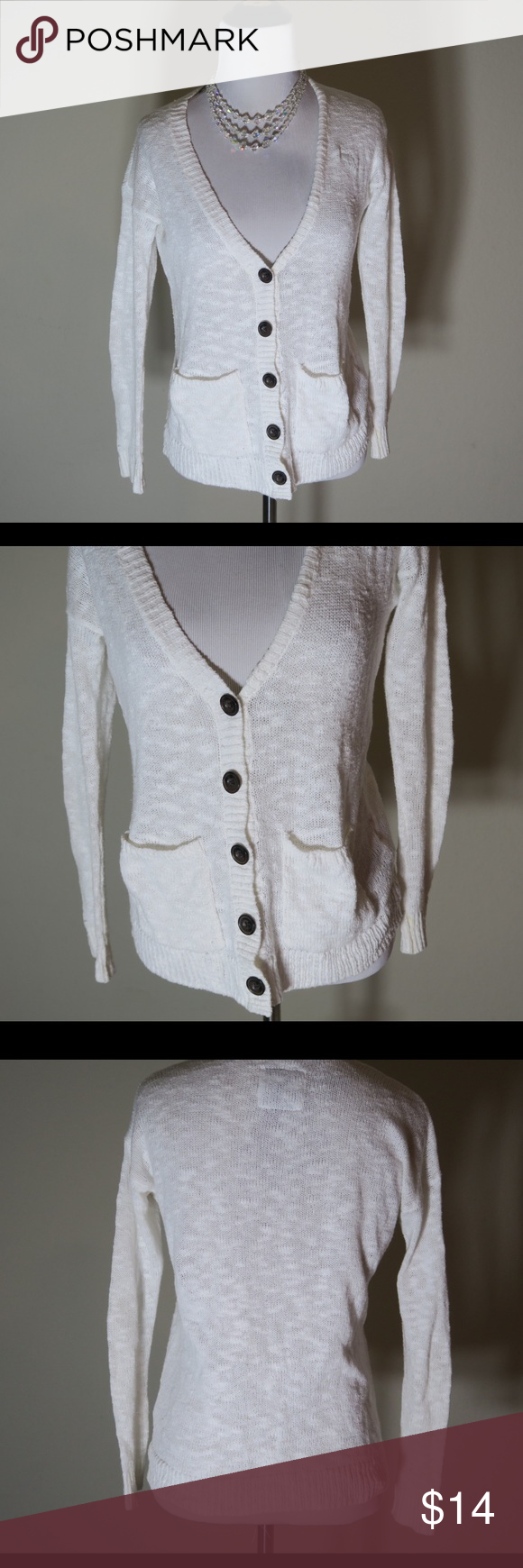 Abercrombie Sweater / Cream Cardigan Cream knit sweater. Super soft material. Abercrombie & Fitch Sweaters Cardigans