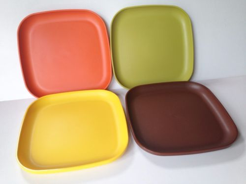 NOS-VINTAGE-TUPPERWARE-Harvest-Colors-8-Square-Plates- & NOS-VINTAGE-TUPPERWARE-Harvest-Colors-8-Square-Plates-1534-NEW ...