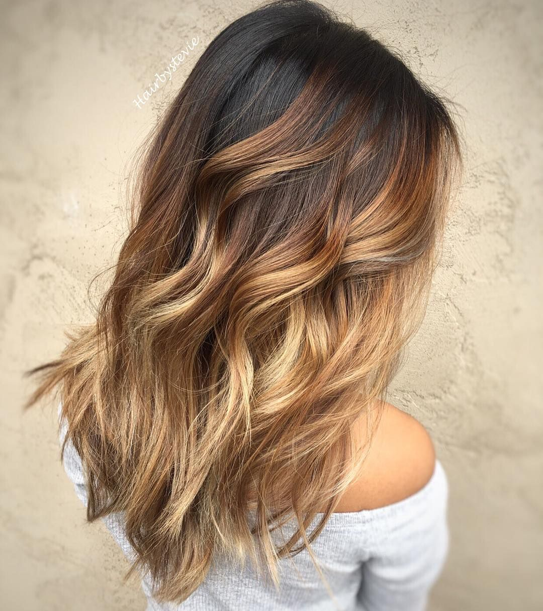 20 sweet caramel balayage hairstyles for brunettes and beyond caramel balayage balayage and blond. Black Bedroom Furniture Sets. Home Design Ideas