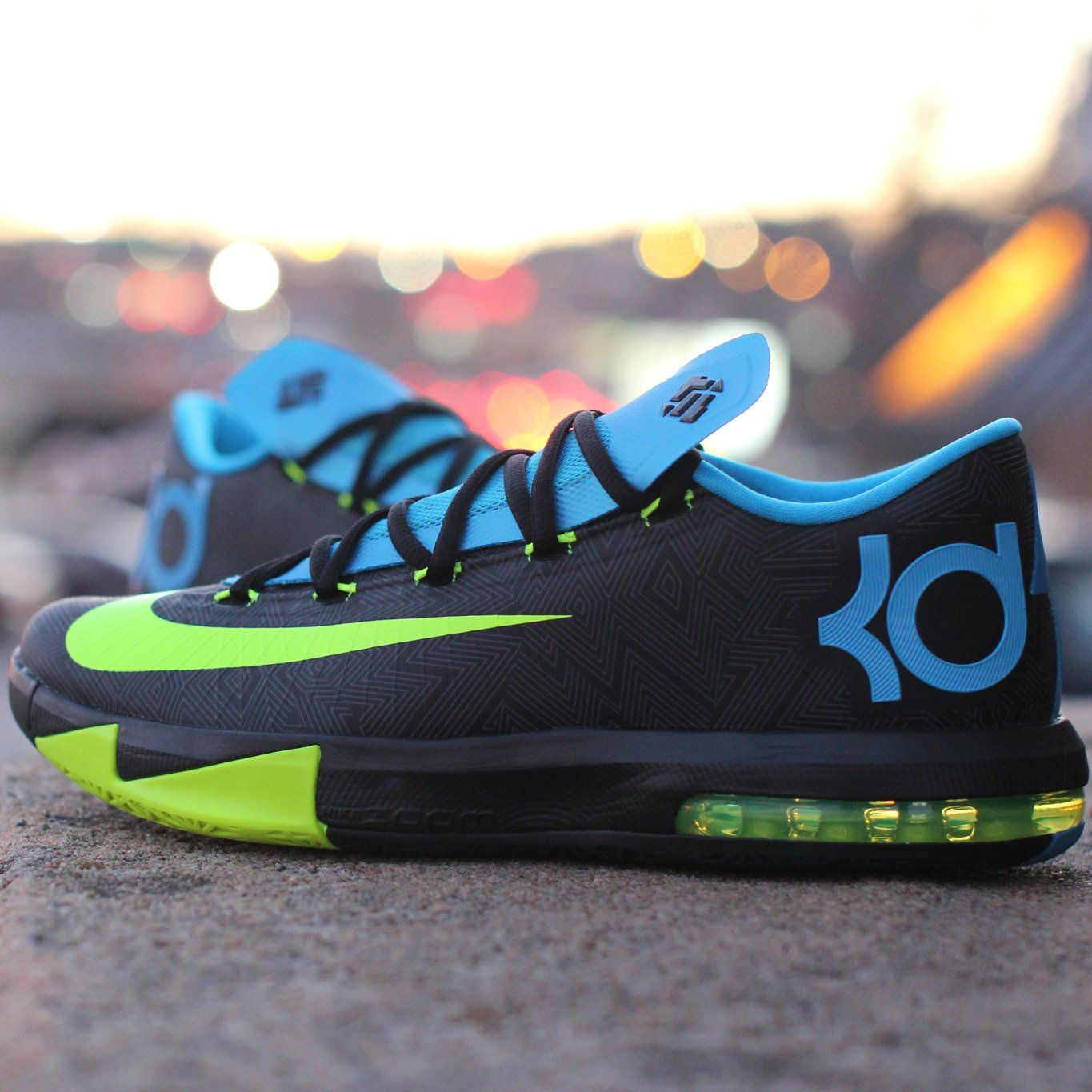 kevin durants signature basketball shoe featuring a