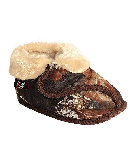 50af505850f31 Justin Infant Boys' Faux Fur Camouflage Bootie Slipper | Little ...
