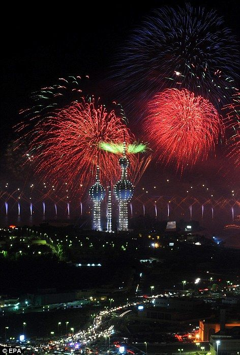 Celebrating A Golden Jubilee Kuwait Style Gulf State Spends 10million To Put On The Biggest Firework Display Of All Time Big Fireworks Fireworks Display Fireworks