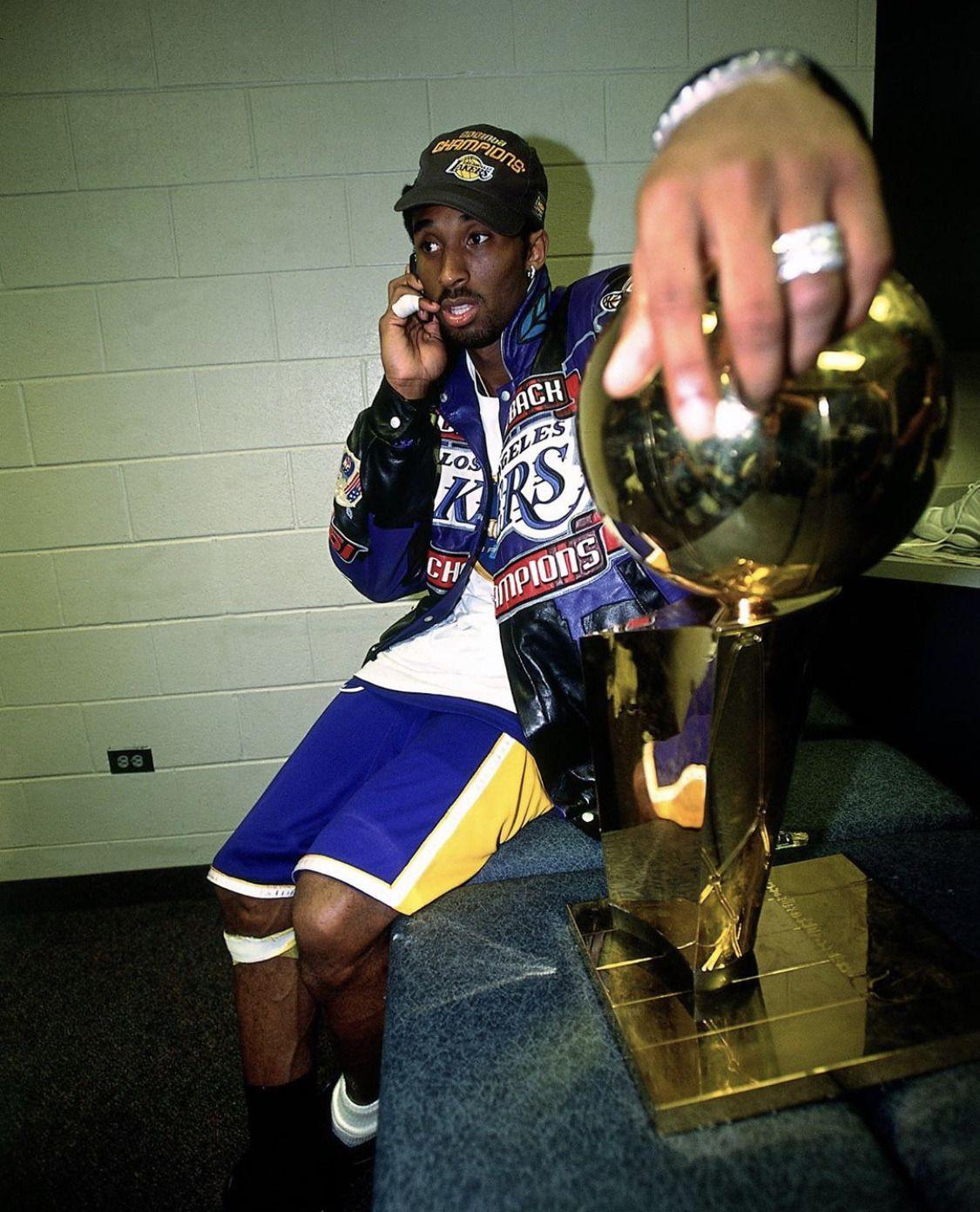 Nba Finals Archive Kobe Bryant 2001 Nba Finals In 2020 Kobe Bryant Wallpaper Kobe Bryant Pictures Kobe Bryant