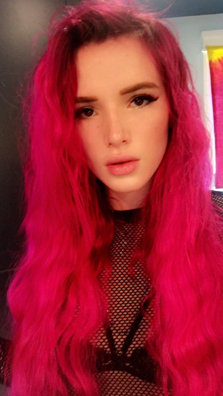Bella Thorne Pink Hair Hot Pink Hair Dyed Hair