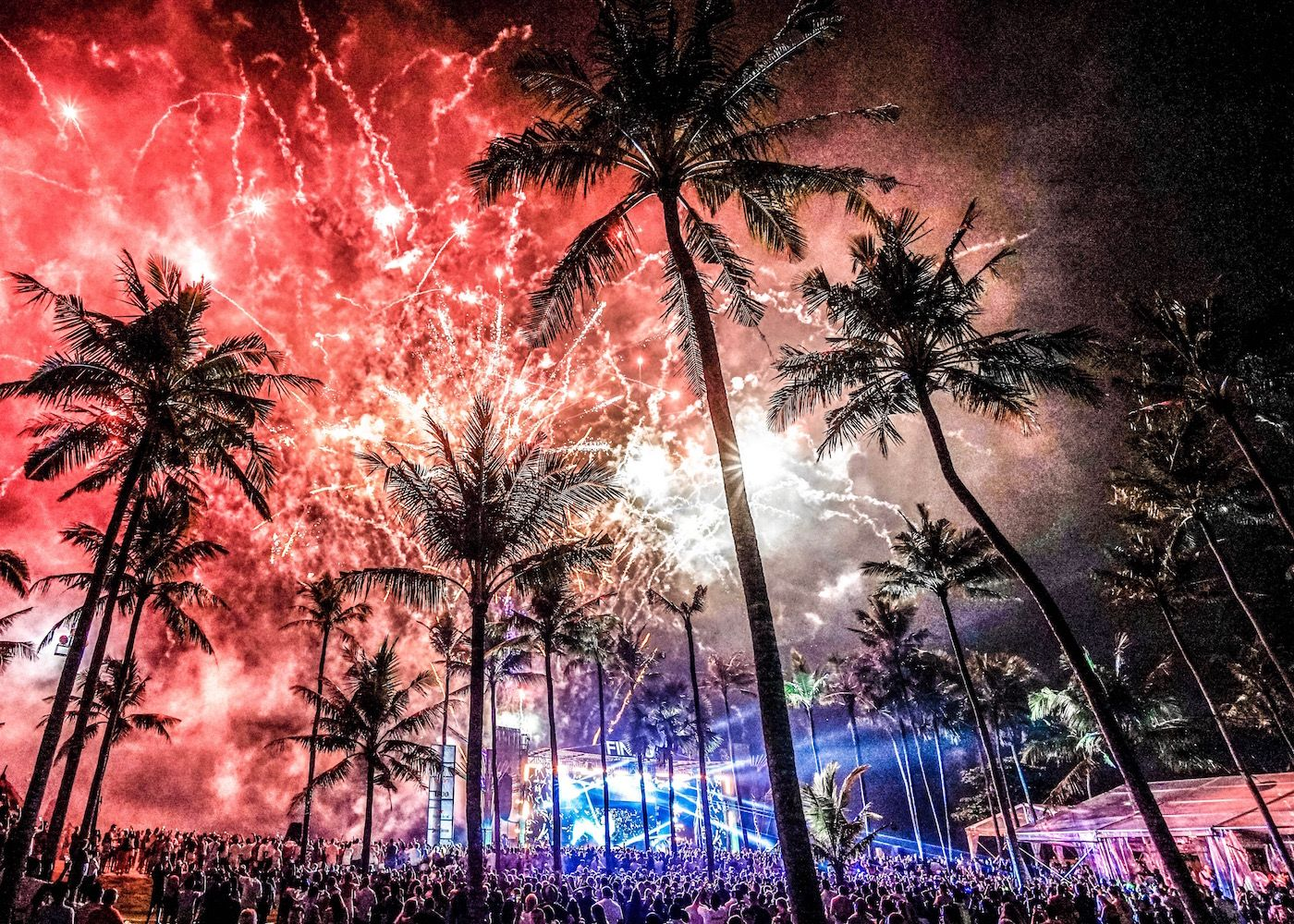 6 Best Party Places For New Year S Eve In Bali Where To Celebrate New Year S Eve In Bali Newyear Bali Party Party Places