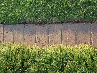 Tips For Choosing Lawn Edging is part of lawn Edging How - Lawn edging serves many purposes  Choosing one that complements the home will not only enhance its appearance but also increase reduces lawn maintenance  Find lawn edging tips in this article