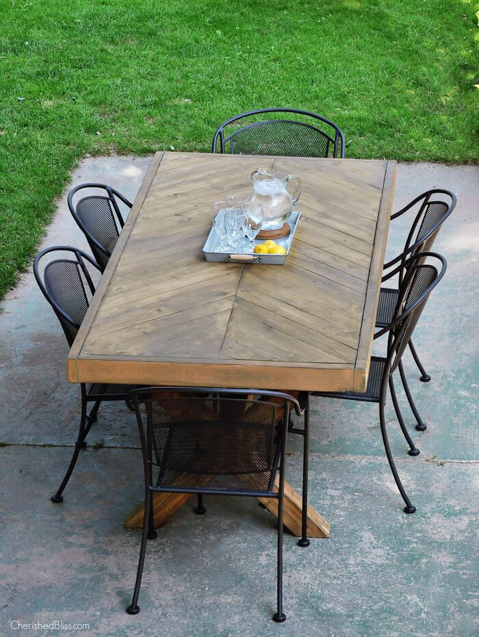 Outdoor Table With X Leg And Herringbone Top   FREE PLANS Part 69