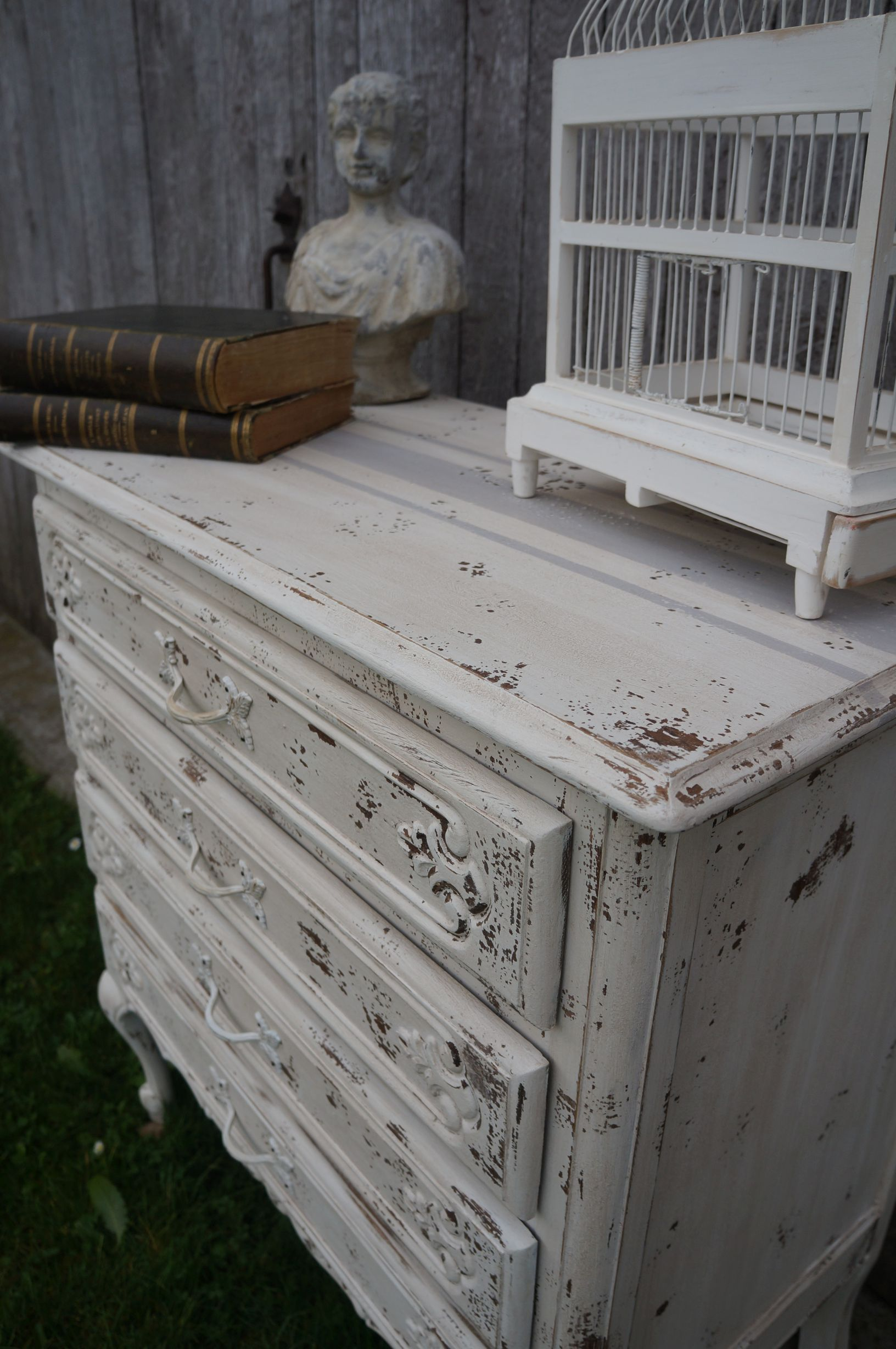 Commode Patinee Blanc Tres Vieilli Style Shabby Chic Nordique Relooking Meuble Commode Patinee Shabby
