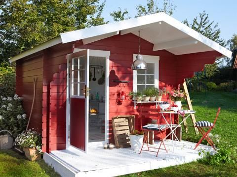 ein gartenhaus drei varianten gartenhaus gartenhaus garten und garten ideen. Black Bedroom Furniture Sets. Home Design Ideas
