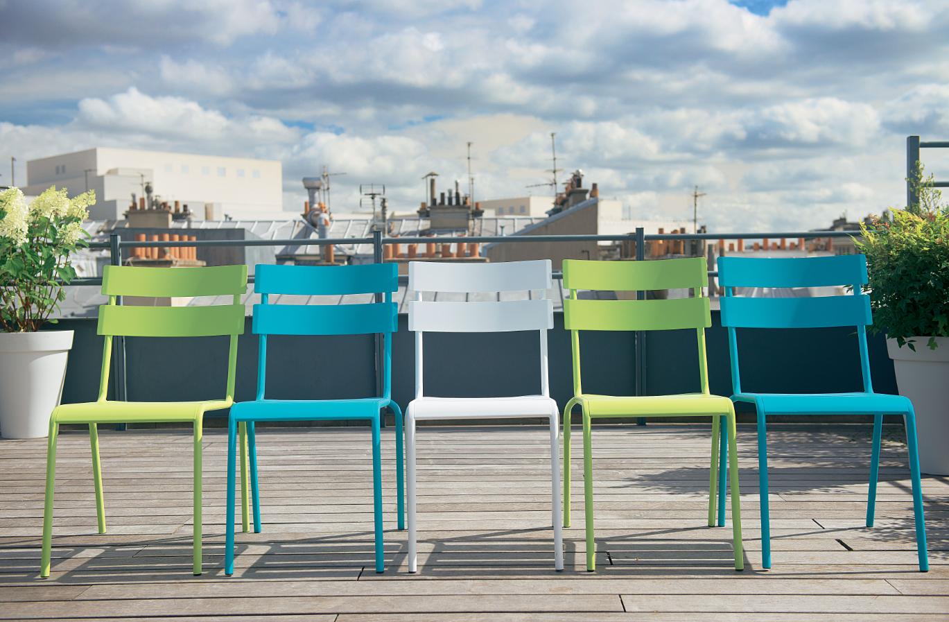 Chaises color es truffaut vivre au jardin jardins truffaut et mobilier jardin - Truffaut mobilier de jardin ...