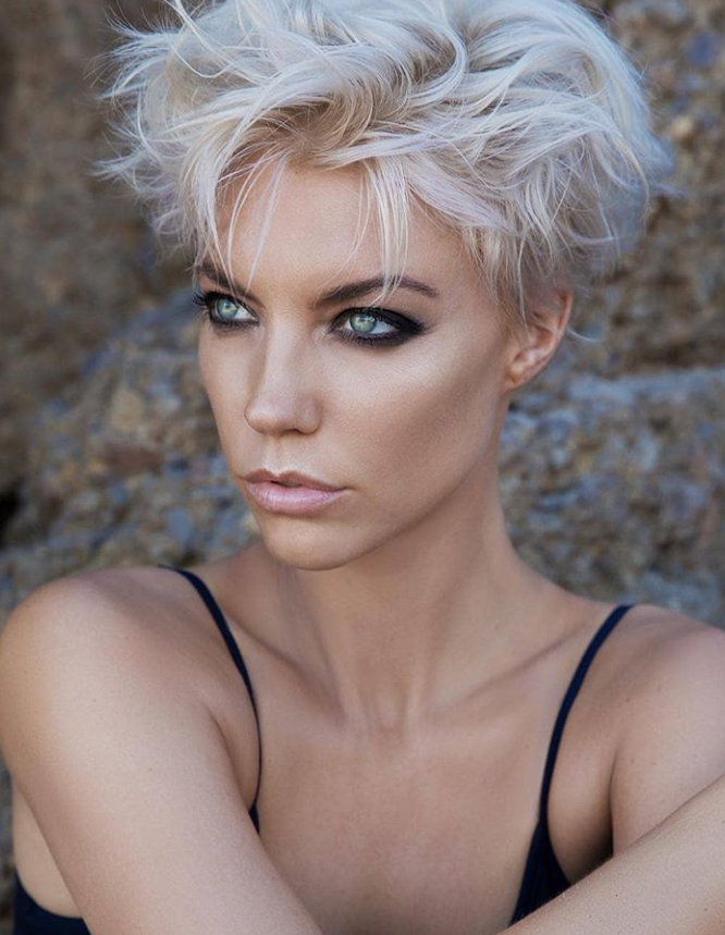 25 Best White Pixie Haircut Ideas For Cool Short Hairstyle Page 24 Of 30 Latest Fashion Trends For Woman Short Hair Styles Cool Short Hairstyles Womens Hairstyles