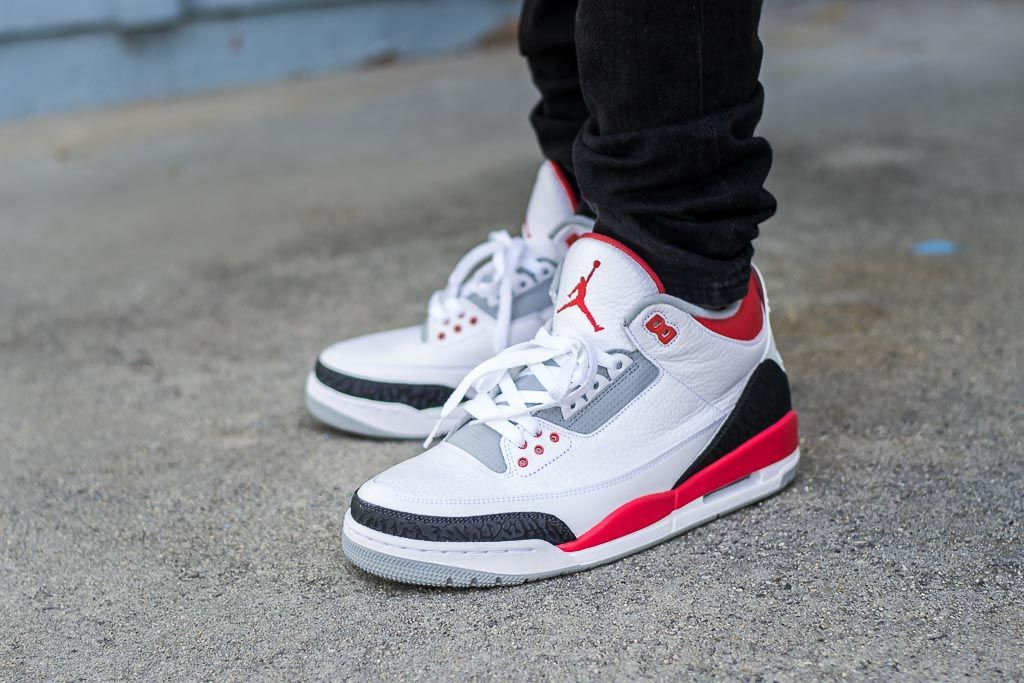 350133033e2515 See how the 2013 Air Jordan 3 Fire Red looks on feet in this video review.  Find where to buy these 2013 Air Jordan 3 Fire Red online!