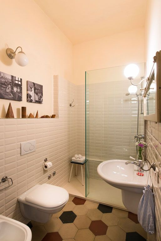 Locanda La Scuola Guesthouse Lusiana Vicenza - le stanze da bagno ...