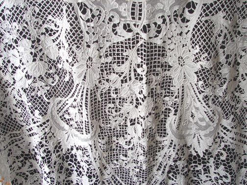 Maria Niforos - Fine Antique Lace, Linens & Textiles : Antique Linen # LI-176 Ornate Needlepoint Bedspread w/ Cherubs, Baskets of Flowers & Scrollwork