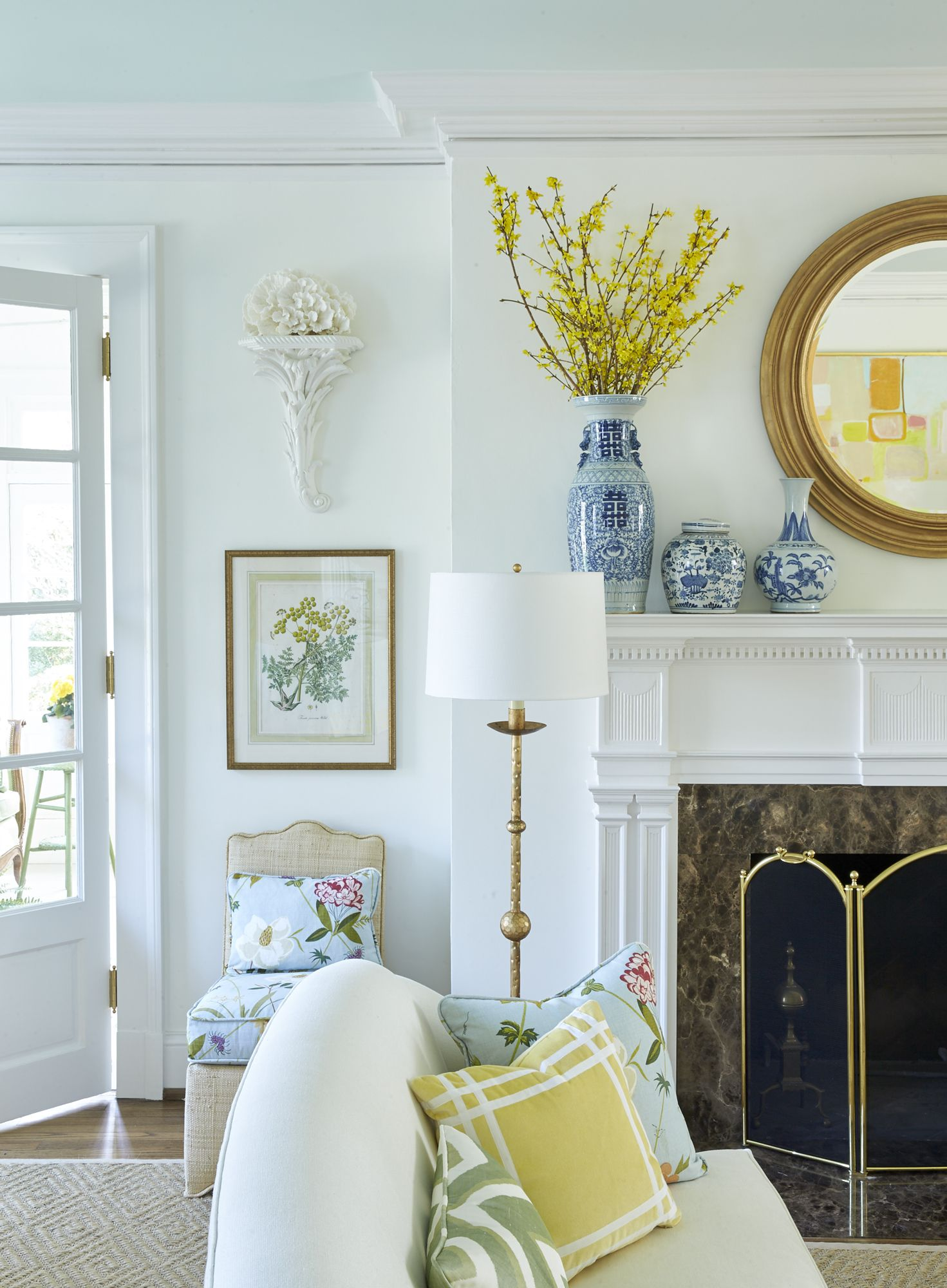 Belle Meade Georgian Sarah Bartholomew Home Decor French Country Living Room Living Room Inspiration #pale #yellow #living #room #ideas