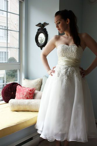Tea length short ivory wedding dress gown vintage look sweetheart NEW small
