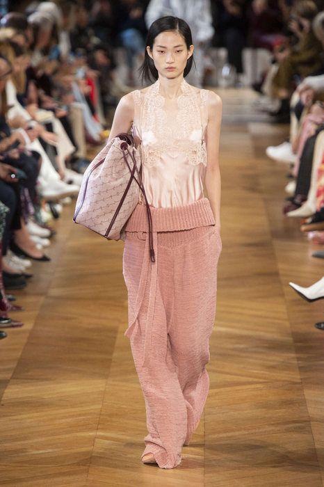 Stella mccartney printemps t 2019 paris womenswear for Ricette per tutti i giorni della settimana