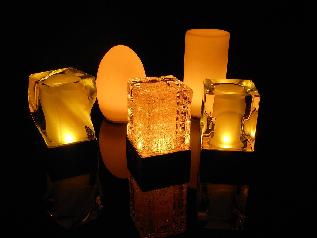 Insight Cordless Lighting Table
