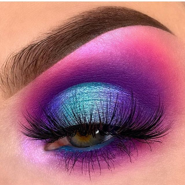 Blue Purple And Pink Halo Eye Makeup In 2020