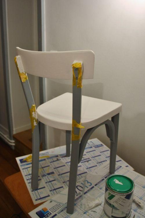 petite chaise bistrot en cours de r novation bistro. Black Bedroom Furniture Sets. Home Design Ideas