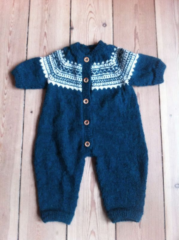 Baby suit, wonderfully soft Alpaca wool!