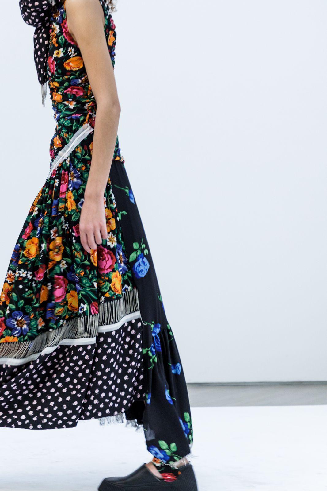 52687e7fbc Sleeveless Patchwork Floral Dress