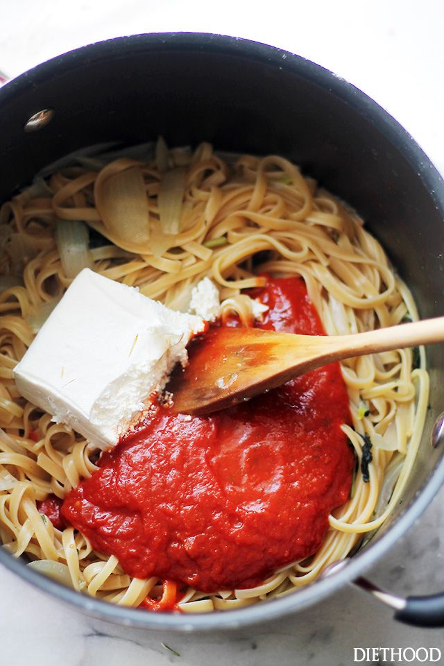 Creamy Tomato One Pot Pasta The Easiest And Creamiest Pasta Without The Cream It All Happens Meat Pasta Recipes Easy Pasta Recipes Quick Easy Pasta Recipes