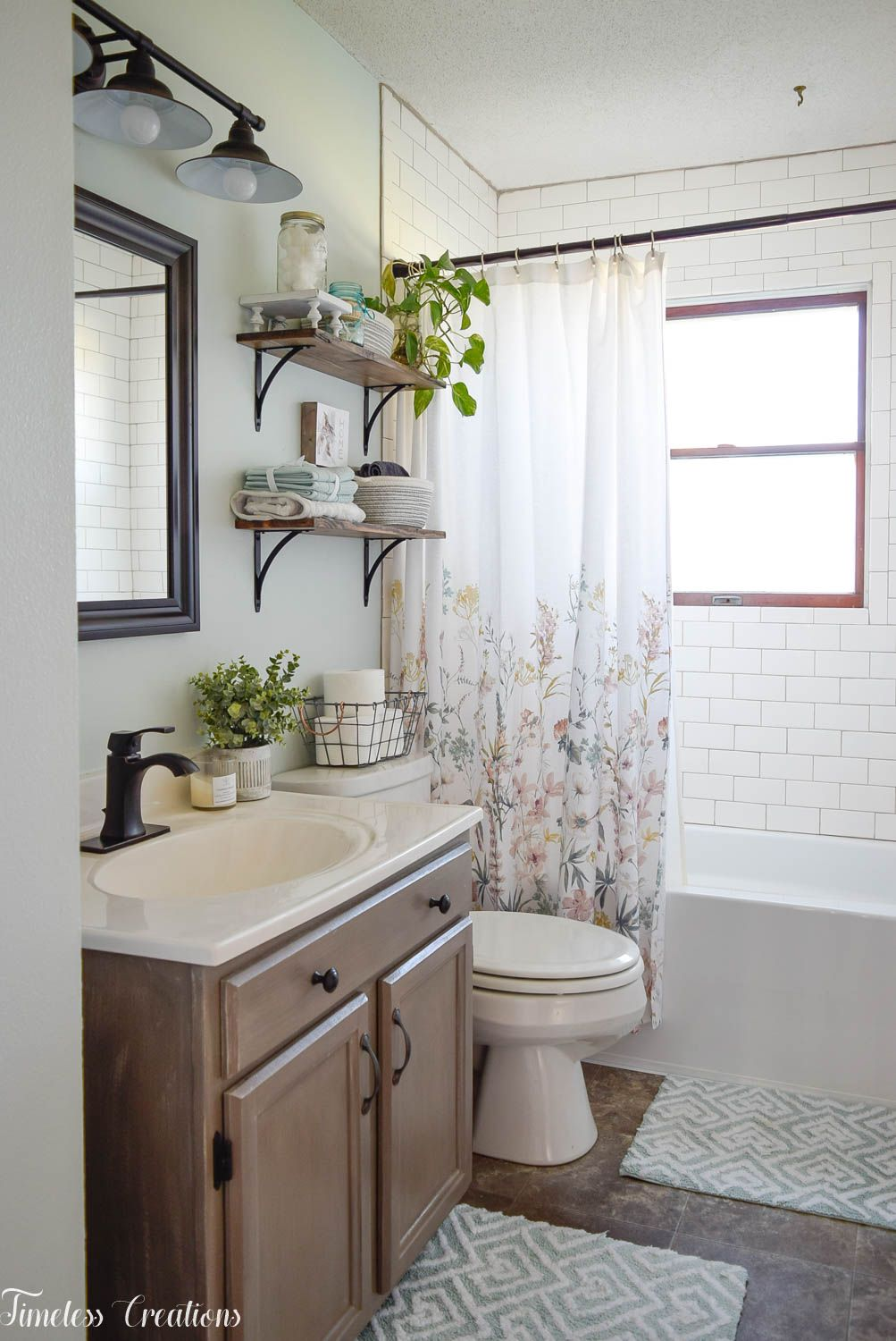 Bathroom Makeover Reveal at Kristen's House- One Room Challenge #bathroommakeovers