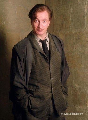 Harry Potter And The Prisoner Of Azkaban David Thewlis As Professor Lupin 2004 Lupin Harry Potter Harry Potter Characters Harry Potter Wiki