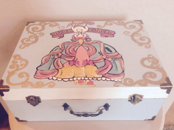 Hand Painted Marie Antoinette Jewelry Box by ShelbyMegArt on Etsy #shelbymegart #marieantoinette