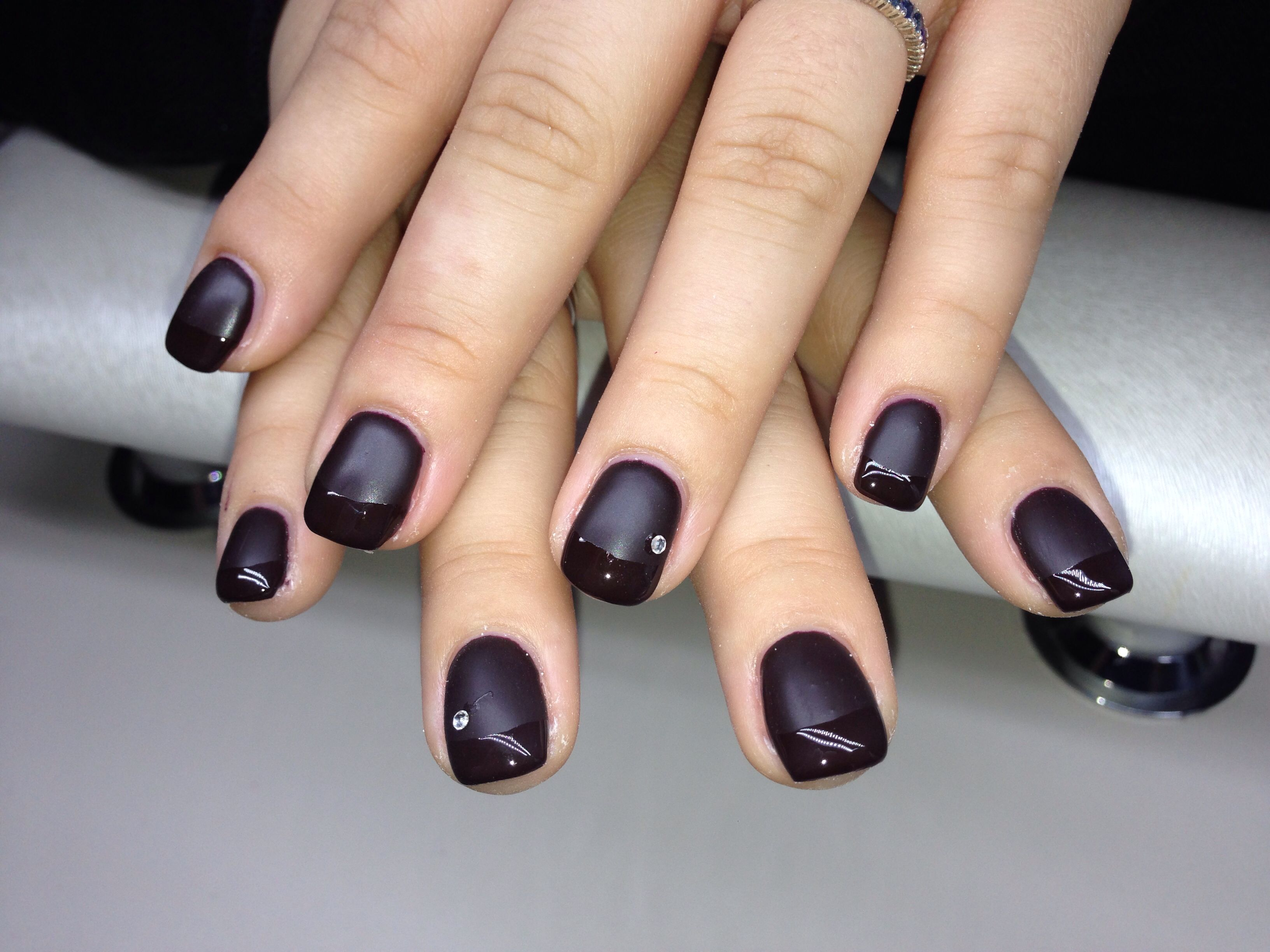 Dark Red NAILS matt and Glanz | Nails | Pinterest | Dark red nails ...