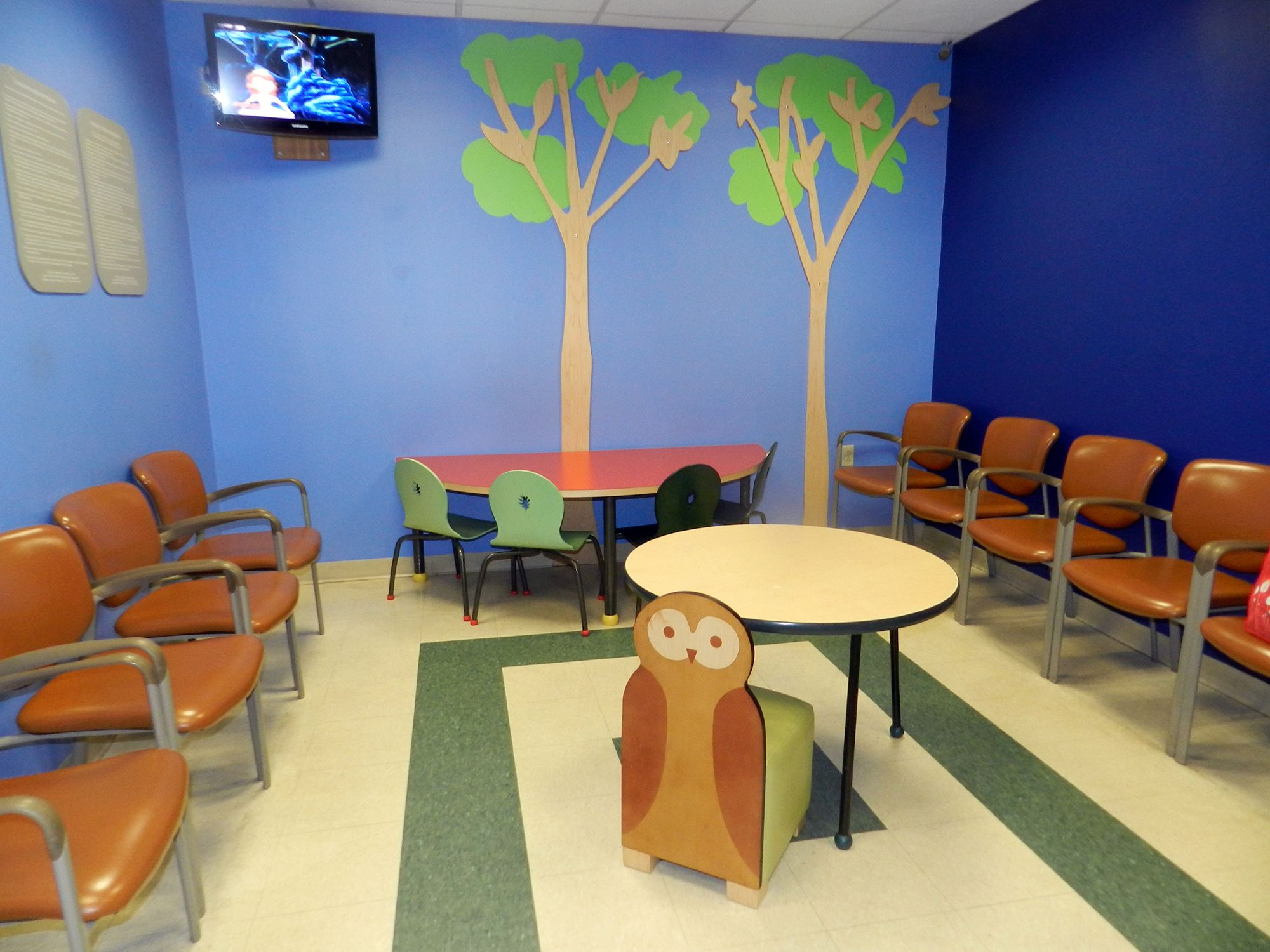 Make your waiting area a place of happiness with with TMC wall ...