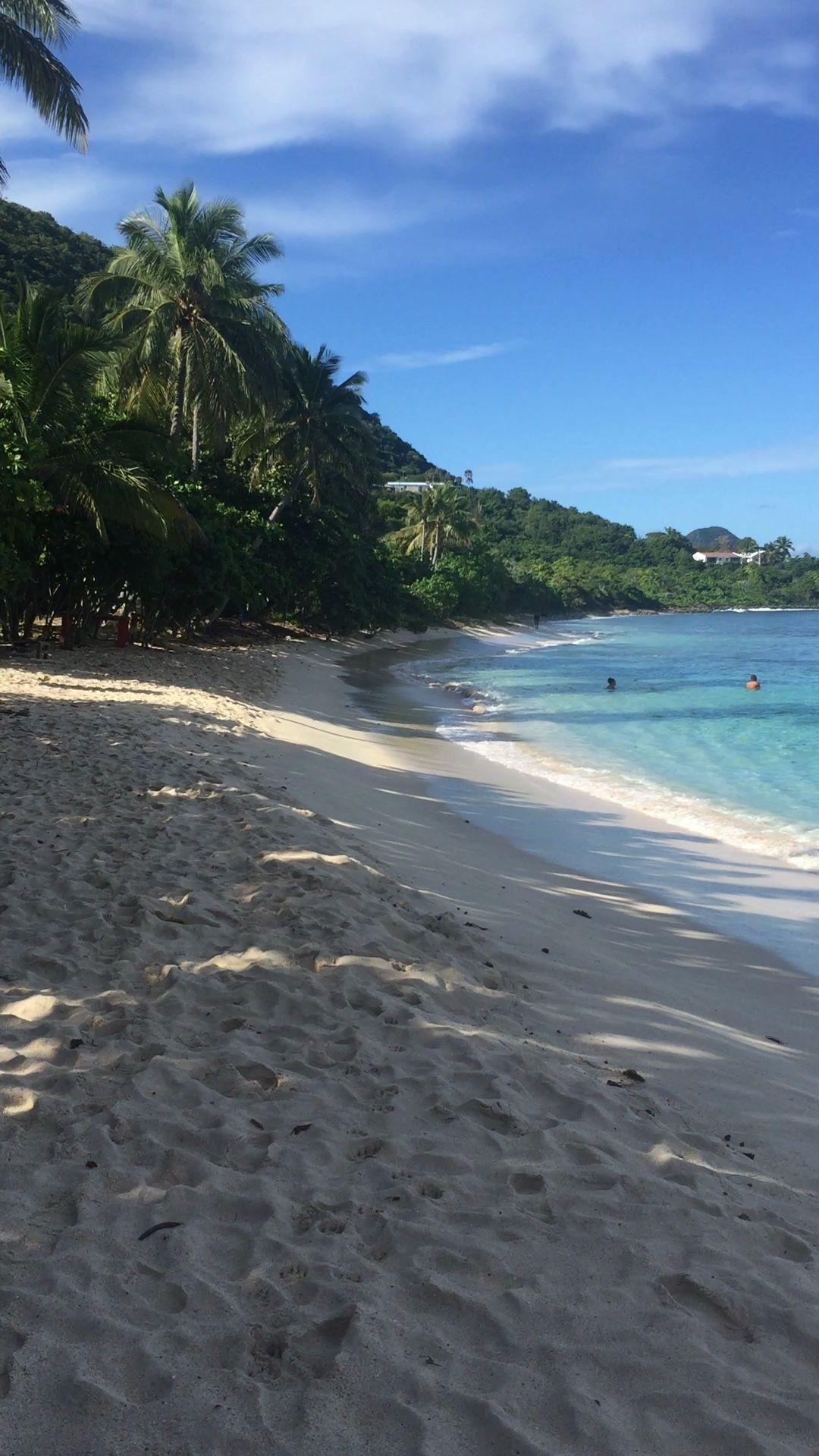 Beautiful beach at Smuggler's Cove, Tortola, BVI Eastern