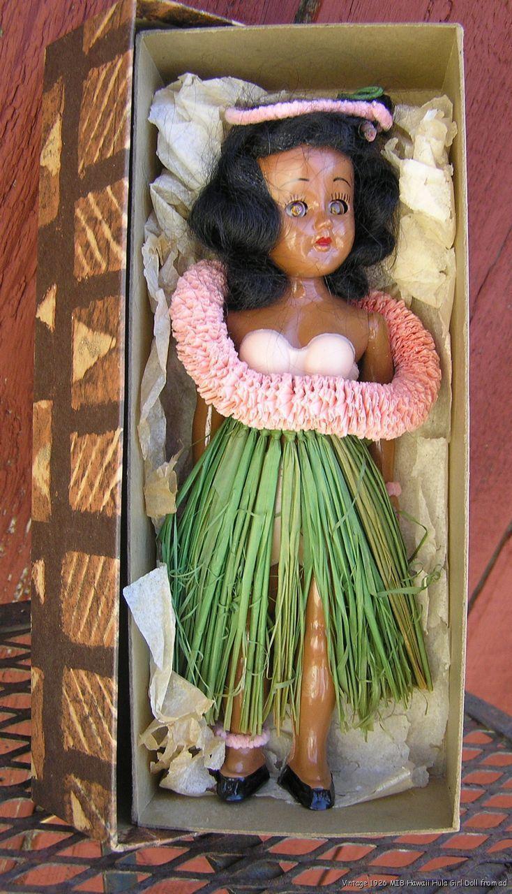Vintage 1956 Hawaii Hula Girl Plastic Doll with Sleep Eyes in Original Box. #hula #hawaiian #hulagirl #ck $185.00
