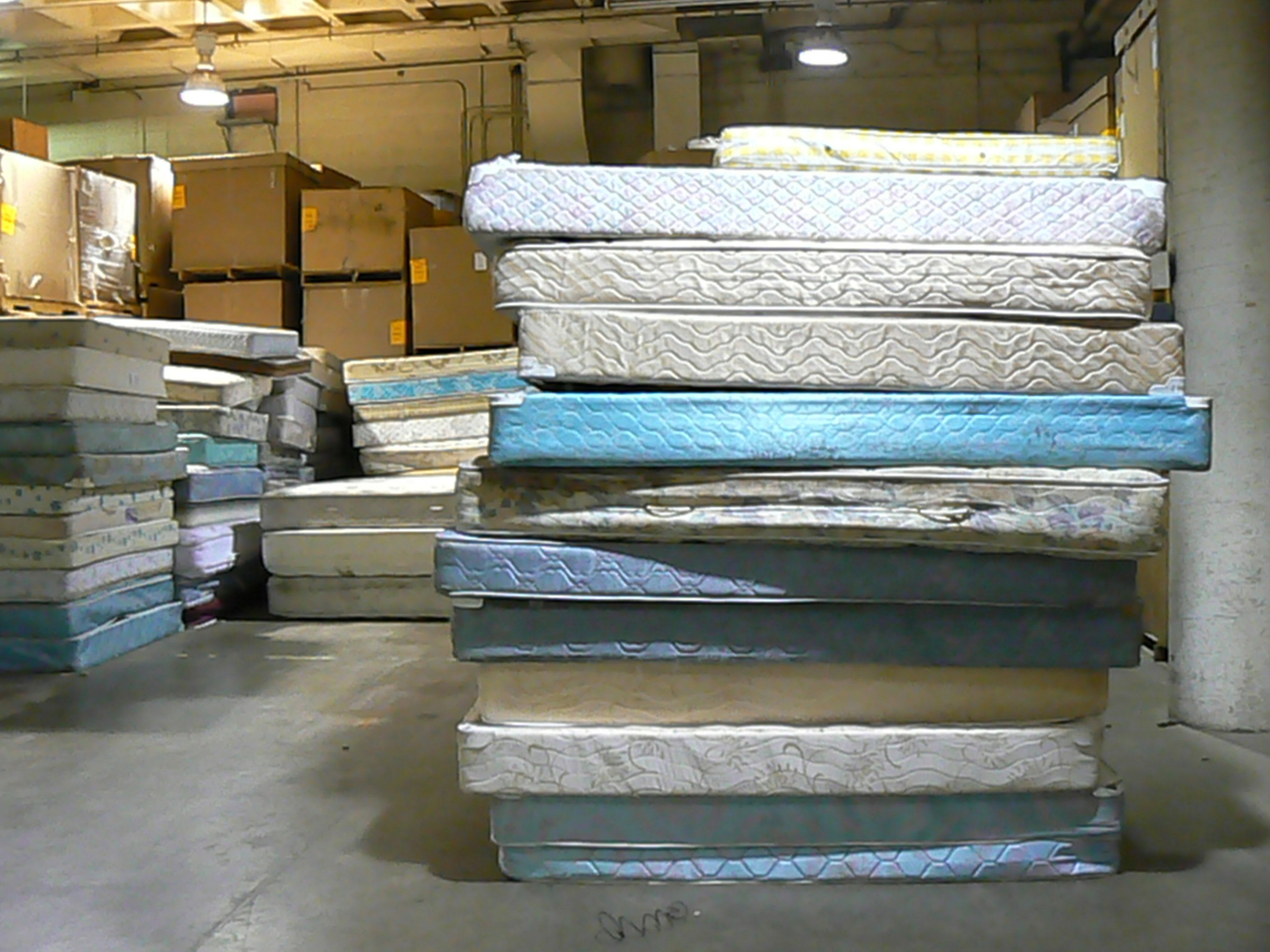 recycling of brilliant full mattress removal king mefree near ideas size me free picture
