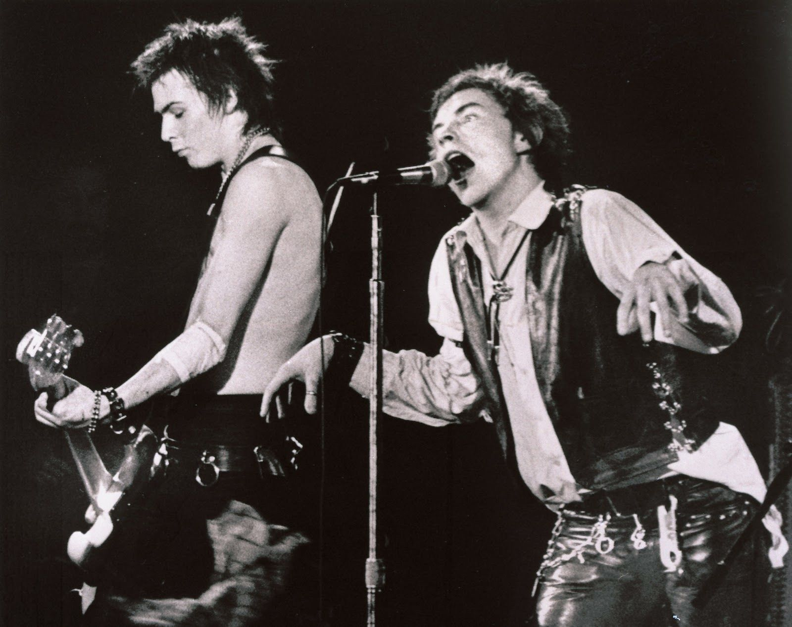 Image result for SID VICIOUS sex pistols on stage